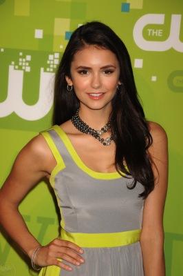 Нина Добрев, Шеней Граймс и другие загорали для CW 2011 Upfront! Кто выглядел лучше?