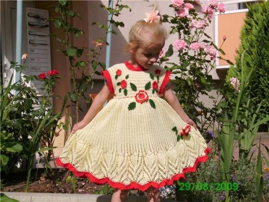Вязание детские платья крючком схемы,описания,мастер классы.
