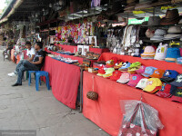 Сувениры продаются там на каждом шагу, и продавцы сбрасывают цену раза в...