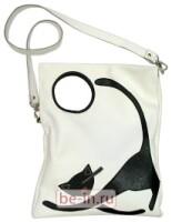 Кожаная сумка с аппликацией и росписью, в центре карман.
