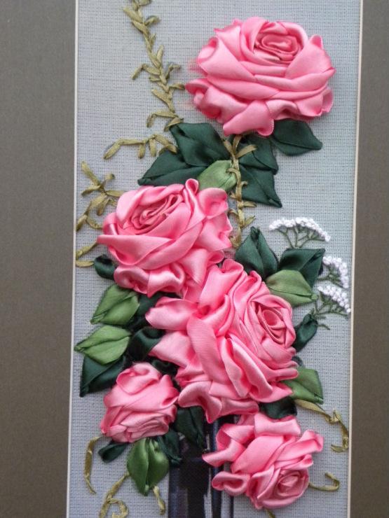 Вышивка лентами картины розы с листочками 99