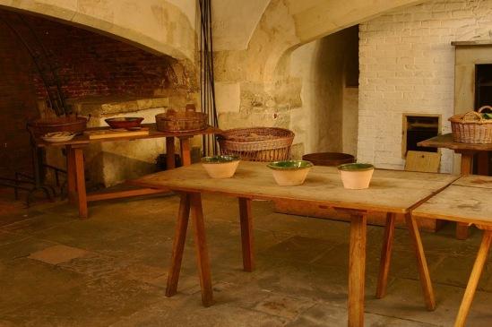 Хэмптон-Корт. Кухни Генриха VIII.