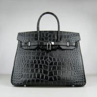 Классическая сумка Hermes черного цвета, высокого качества.