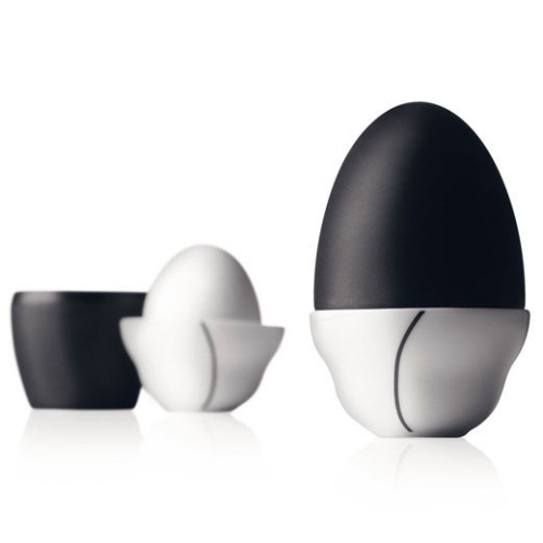 Подставка для яиц от Pernille Vea. В тему Пасхи.