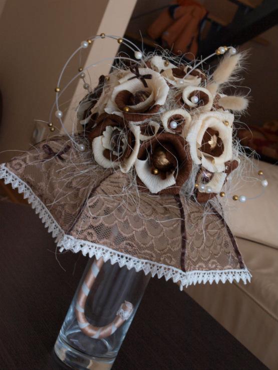 Зонтик из конфет своими руками мастер класс фото