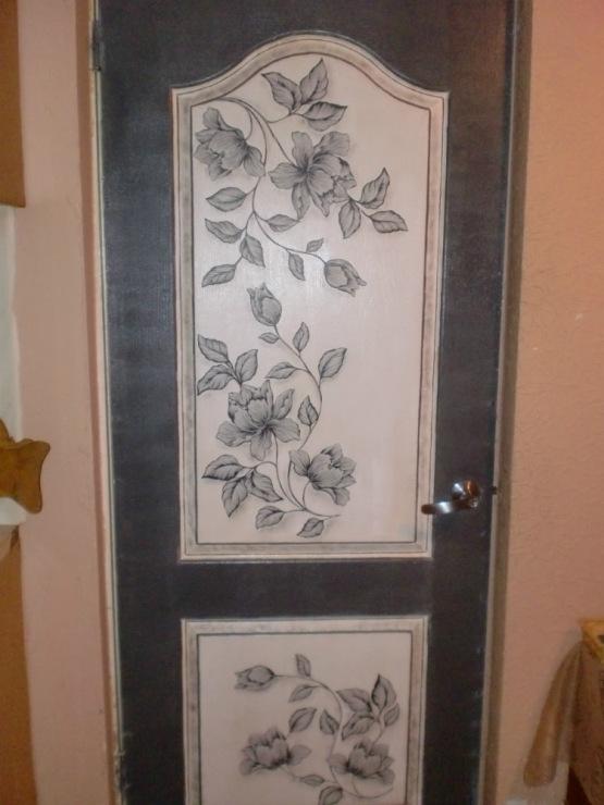 Декор старой двери своими руками фото
